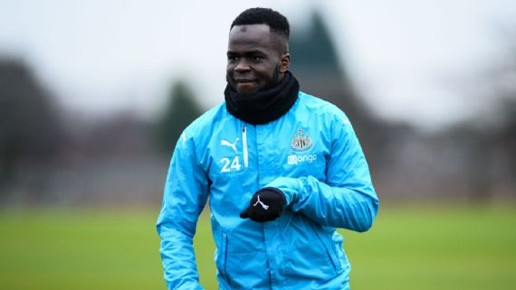 Cheick Tiote dies in China after collapsing in training session
