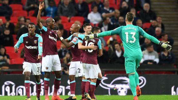 Ayew Brace Helps Hammers Beat Spurs, Chelsea Edge Everton