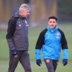 Arsene Wenger says Alexis Sanchez benching not due to transfer rumours