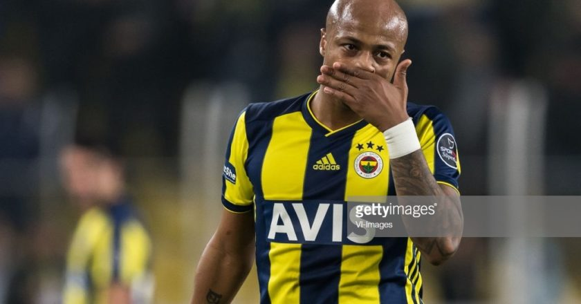 Fenerbahce fans don't want their club to sign Andre Ayew permanently