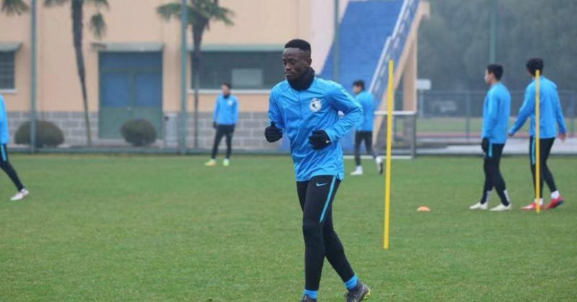 Emmanuel Boateng first training session with Dalian Yifang