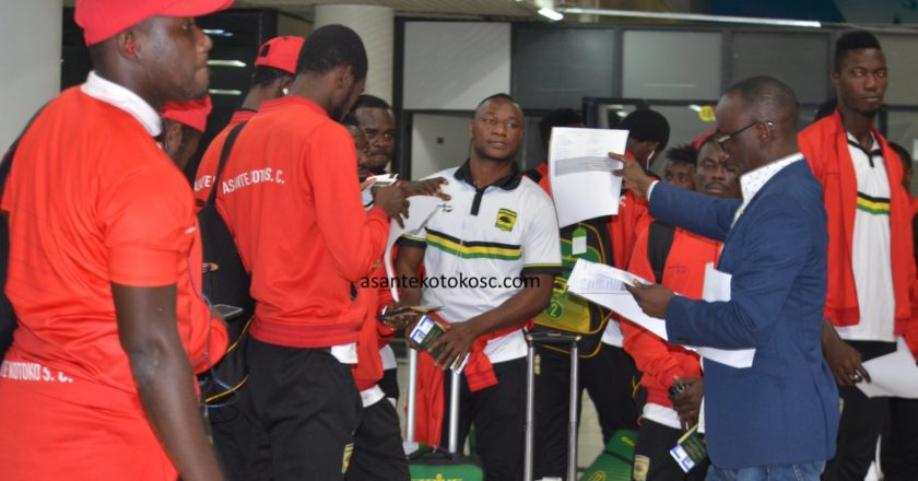 Asante Kotoko arrive in Ghana after CAF CC defeat