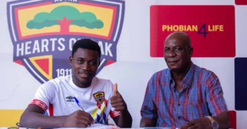 Mitchelle Sarpong signs improved contract with Hearts of Oak